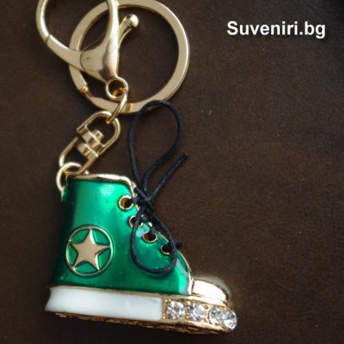 Луксозна обувка тип кец - сувенир