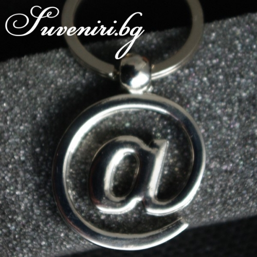 Кльомба - метален сувенир